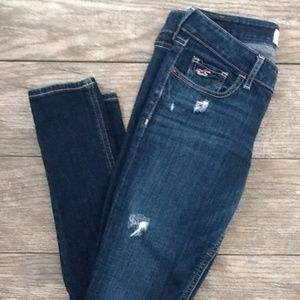 🌹GUC🌹Distressed Hollister Jeans